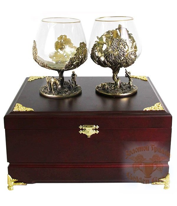 Gift engraved Art products, souvenirs and gifts made of brass Cognac glasses 20080 - City gifts, Gift engraved